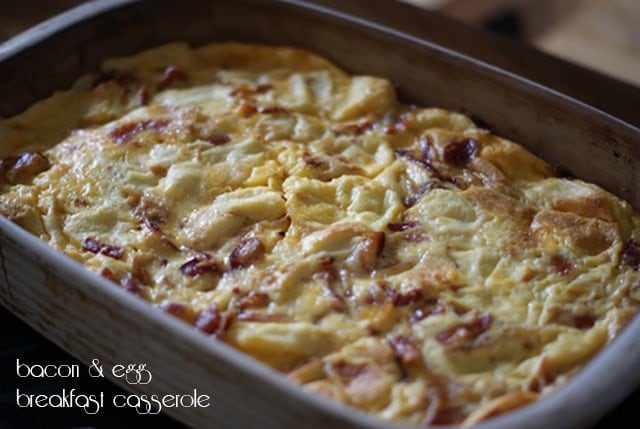 Bacon & egg breakfast casserole {101 Days of Christmas}