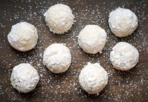 Mexican wedding cookies {101 Days of Christmas}
