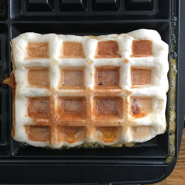 Easy Hillshire Farm® Naturals waffle pockets
