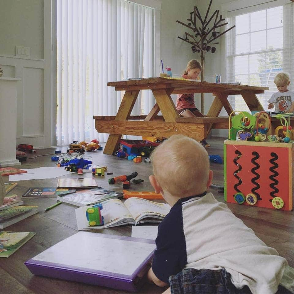 You are currently viewing The secret to homeschool contentment