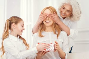 Read more about the article Unique Gifts to Show Your Gratitude To Your Loving Mom