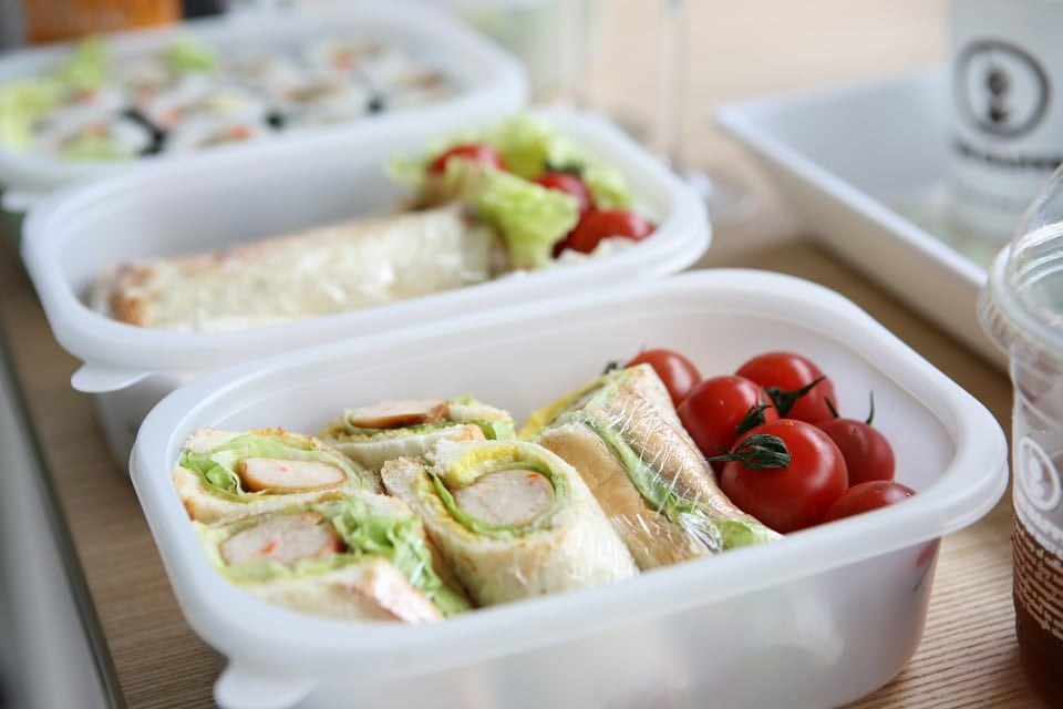 How to Pack Healthy and Kid-c School Lunches