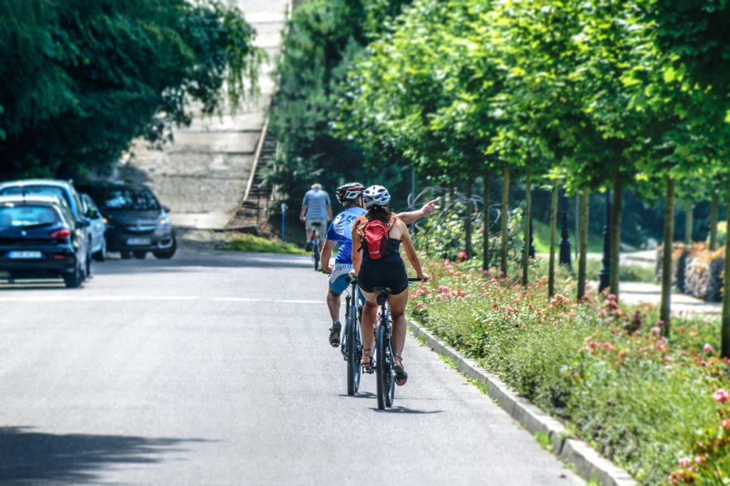 woman-cycling
