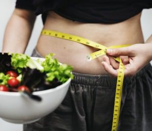 Read more about the article How to Diet Without Feeling Deprived