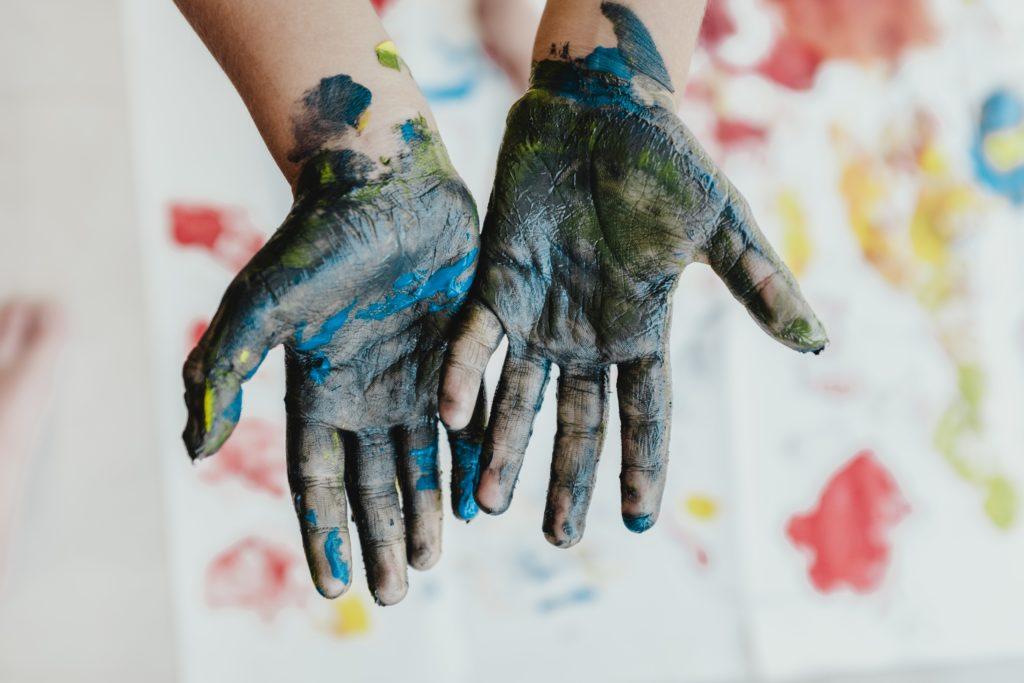 Paint on hands