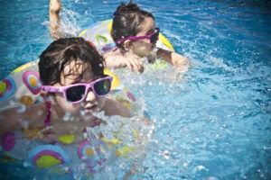 Safety Tips Before Taking Kids Swimming