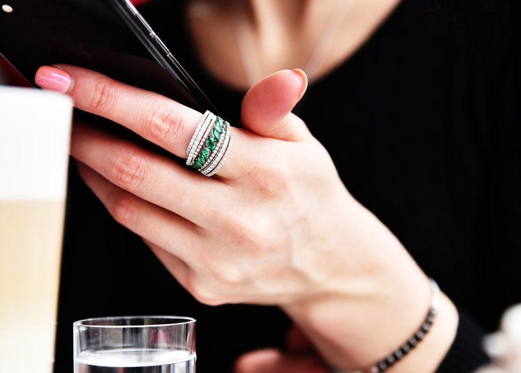 Emerold ring