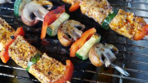 Top Tips to Grill Like a Pro This Summer