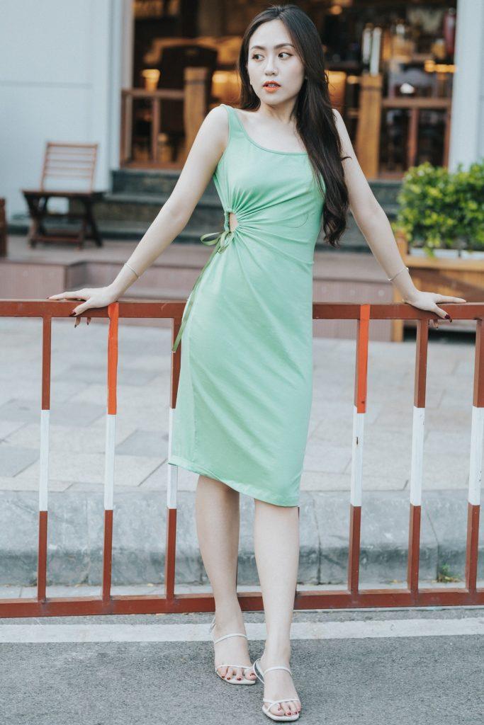 Form-fitting dress