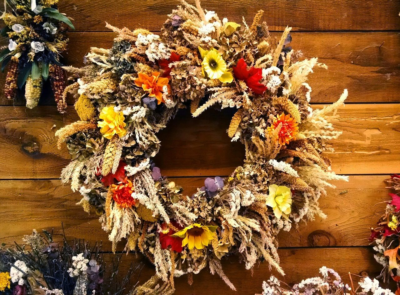 You are currently viewing DIY Wreaths to Welcome Autumn