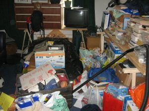 Decluttering as a Step when Moving