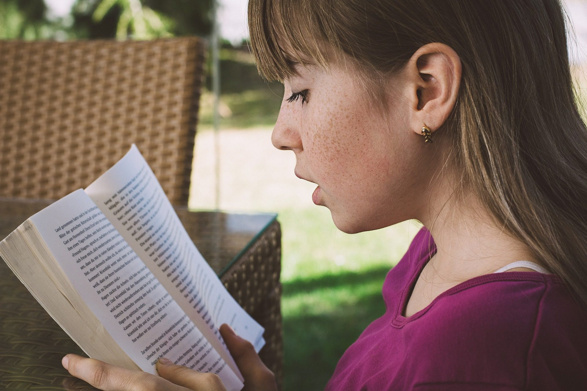 You are currently viewing Encouraging Your Kids to Enjoy Independent Reading