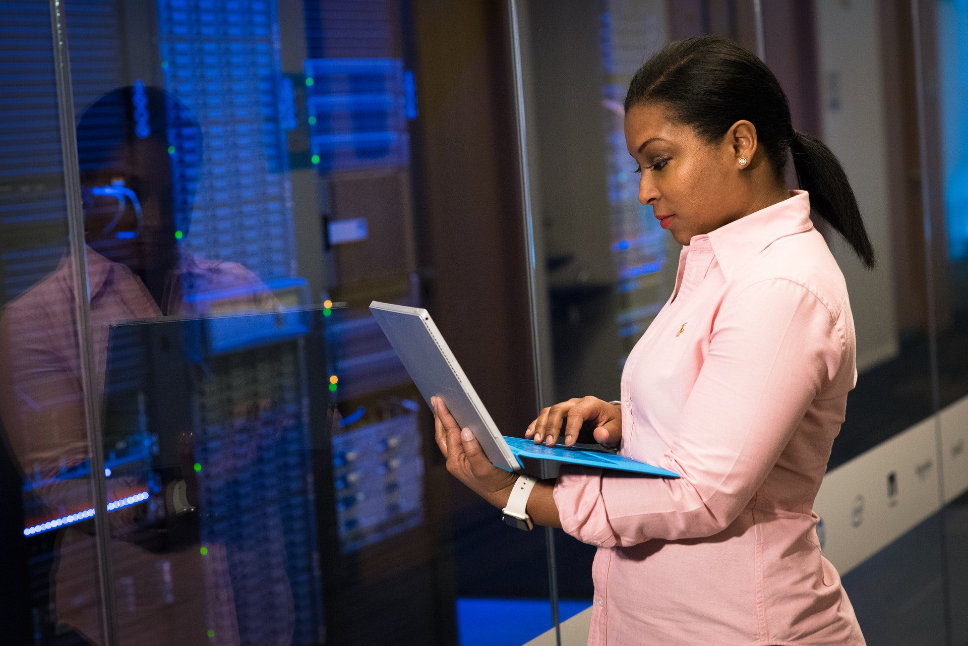 Can I Use A Virtual Data Room for Personal Reasons?