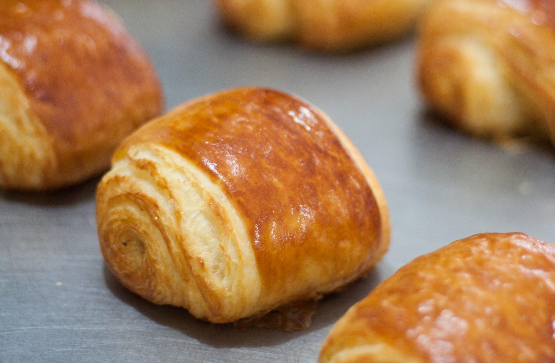 5 Bread-baking Essentials for Your Kitchen