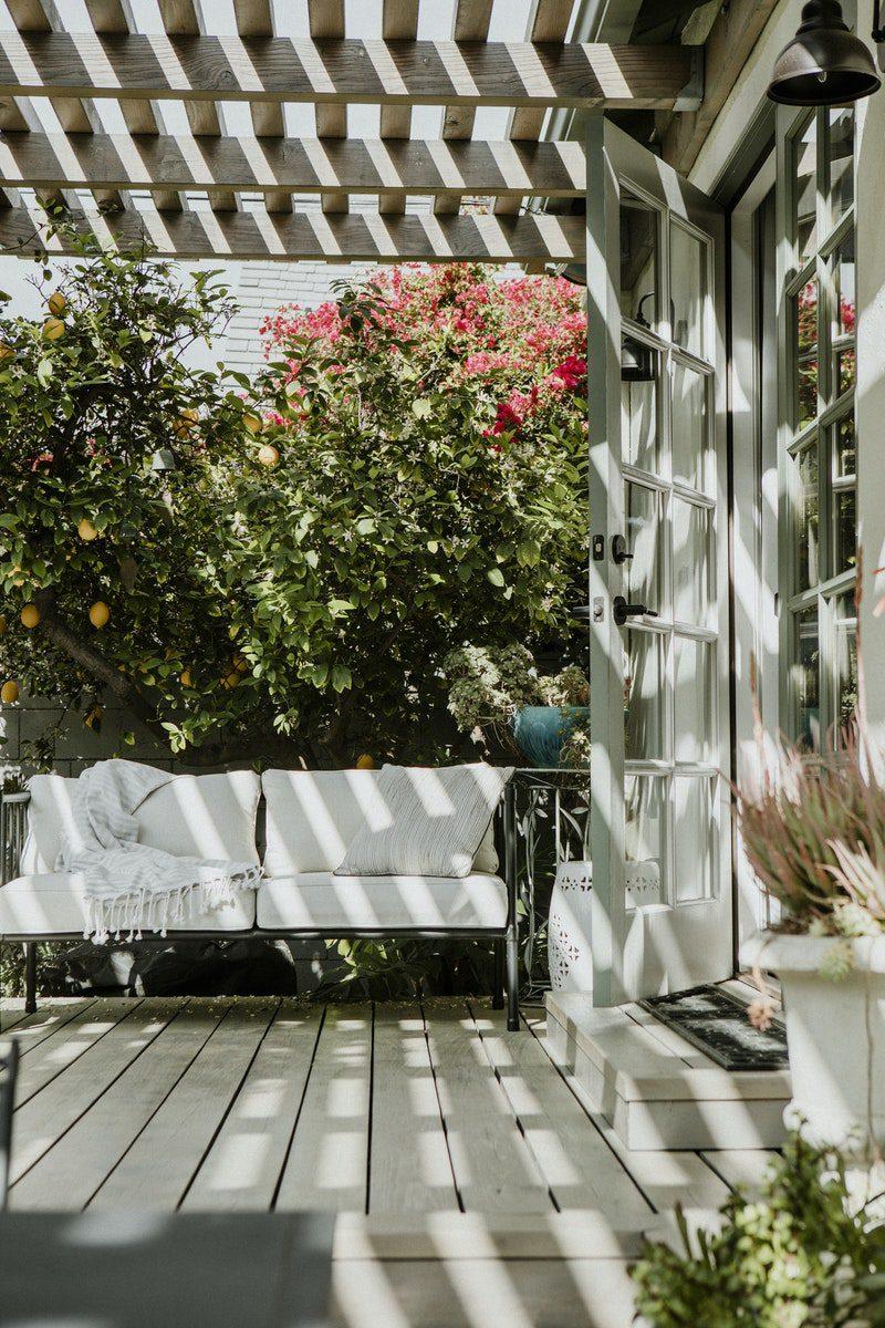Why Do We Love Garden Furniture?