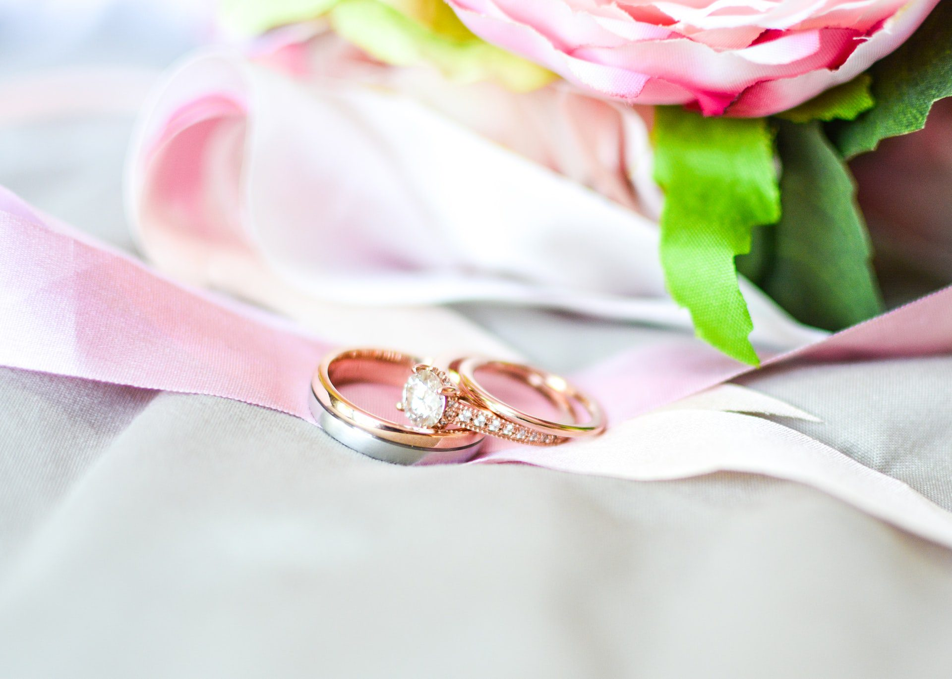 What Is So Special About Moissanite Engagement Rings?