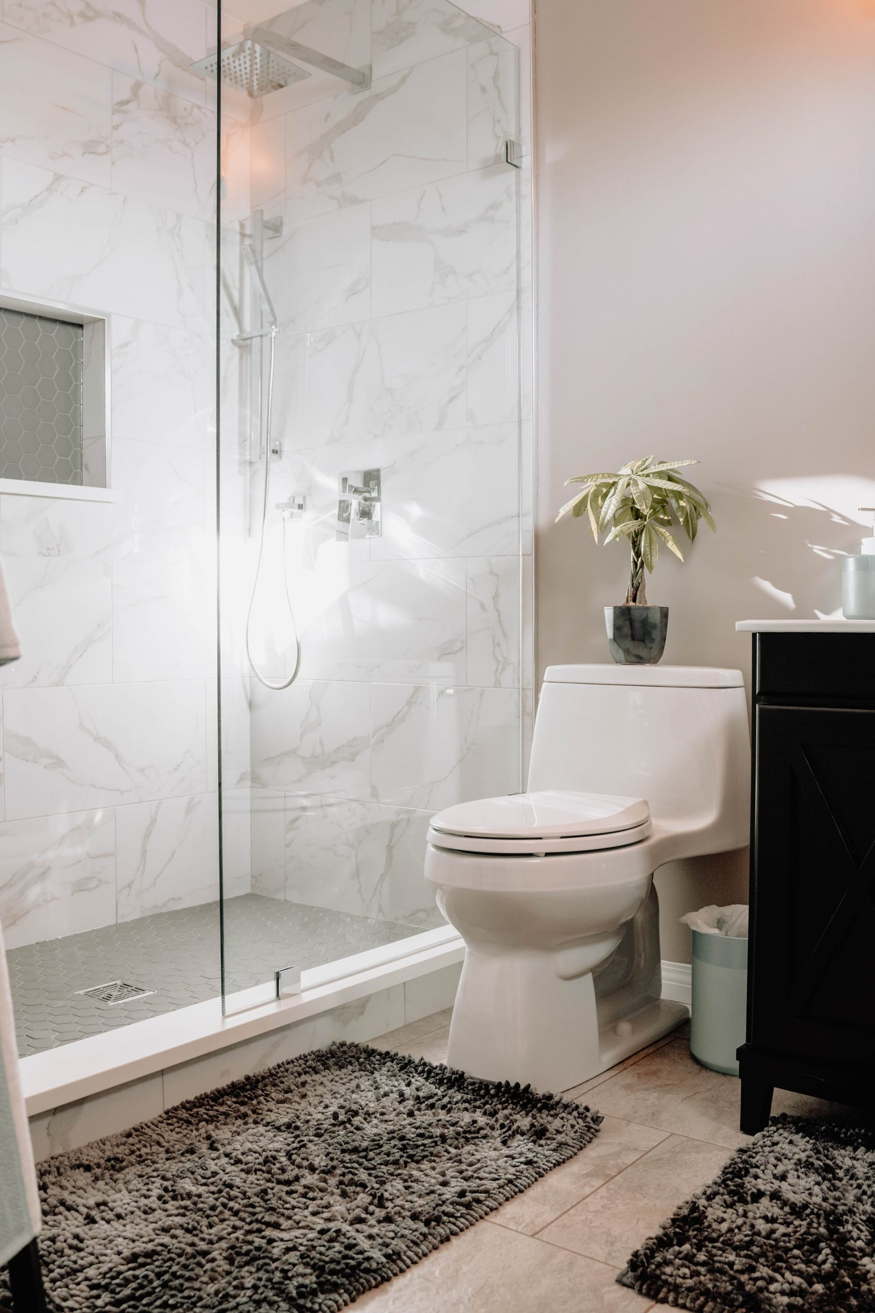 Easy Ways to Enjoy Coziness in The Bathroom