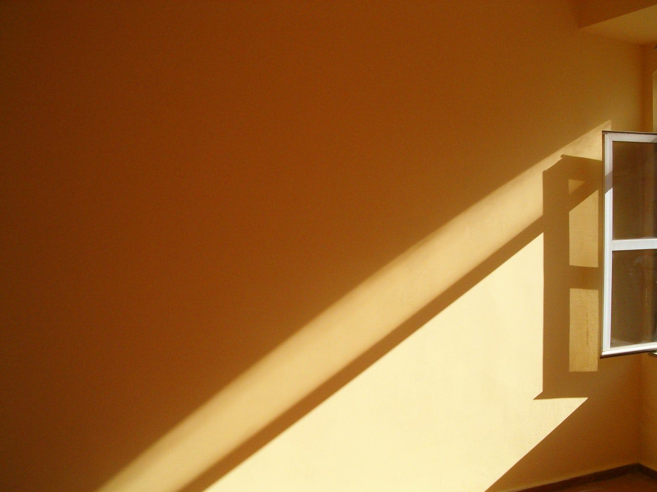 6 Tactics for Reducing Energy Usage All Year Round!