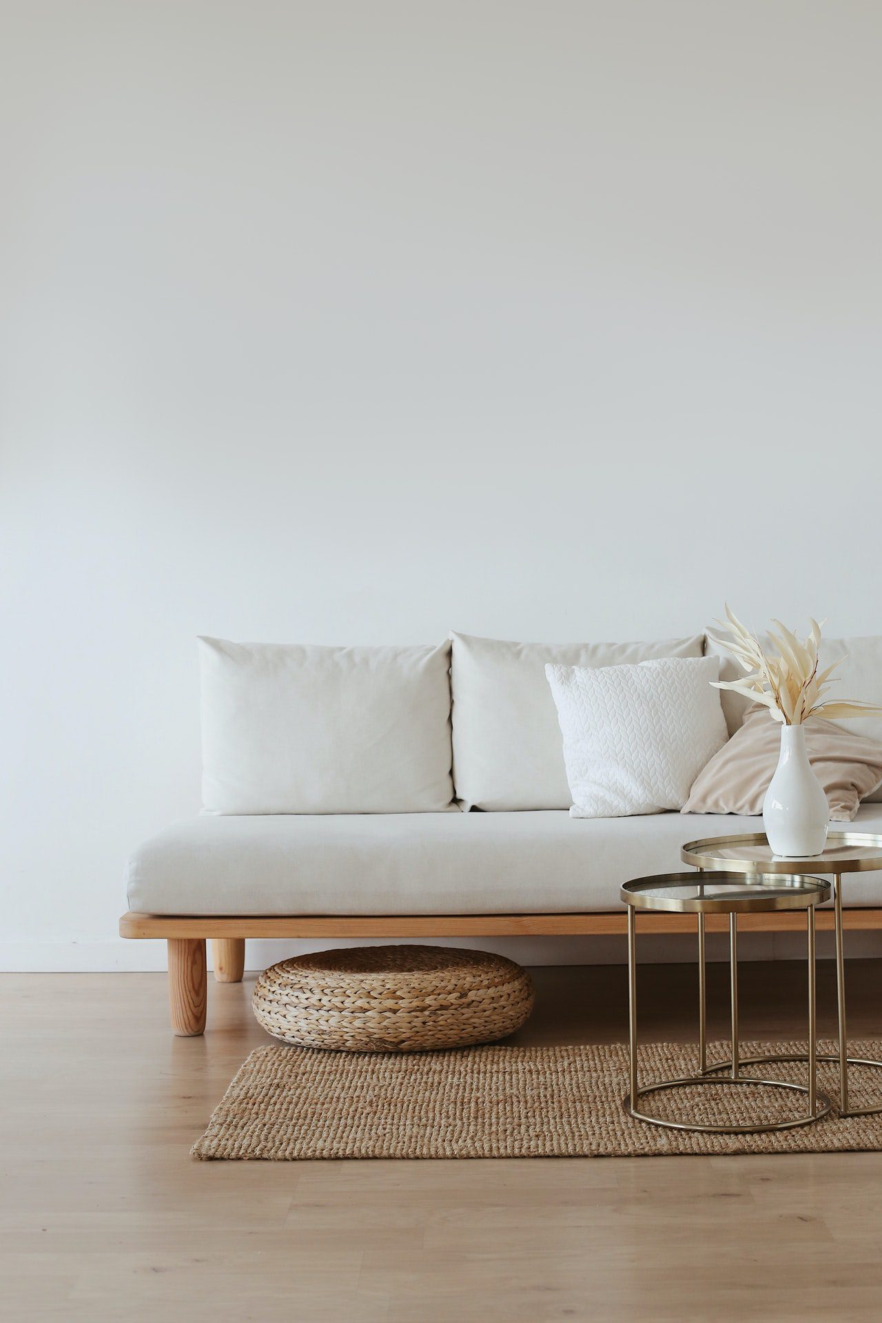 You are currently viewing 6 Ways to Decorate Your Home with Minimal Yet Attractive Décor