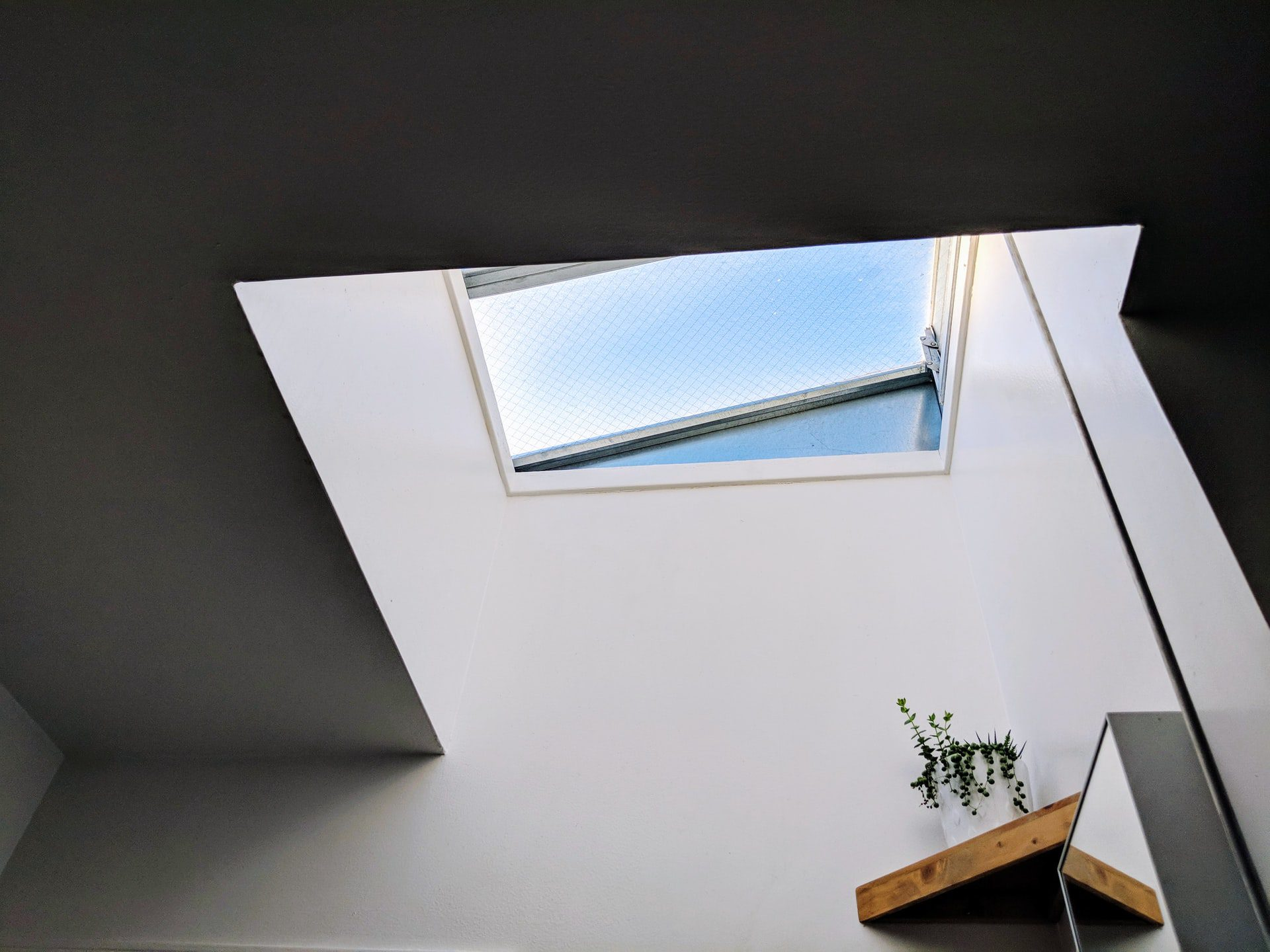 6 Reasons to Get a Skylight