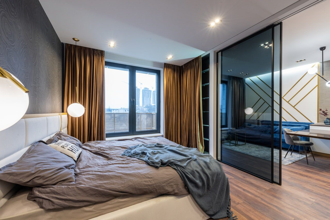 You are currently viewing 5 Things You Need to Make Your Studio Apartment Appear Larger