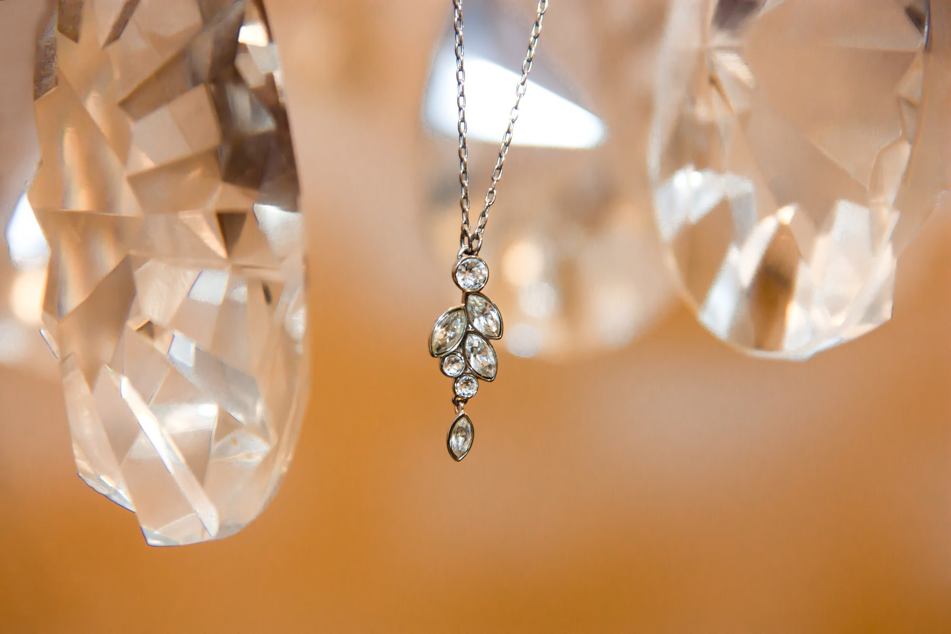 You are currently viewing A Brief Guide on Getting the Most Money for Your Unwanted Jewelry