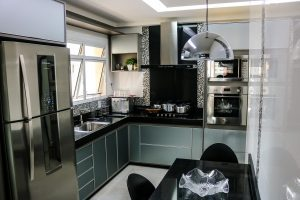 Read more about the article How To Choose the Right Refrigerator for Your Kitchen
