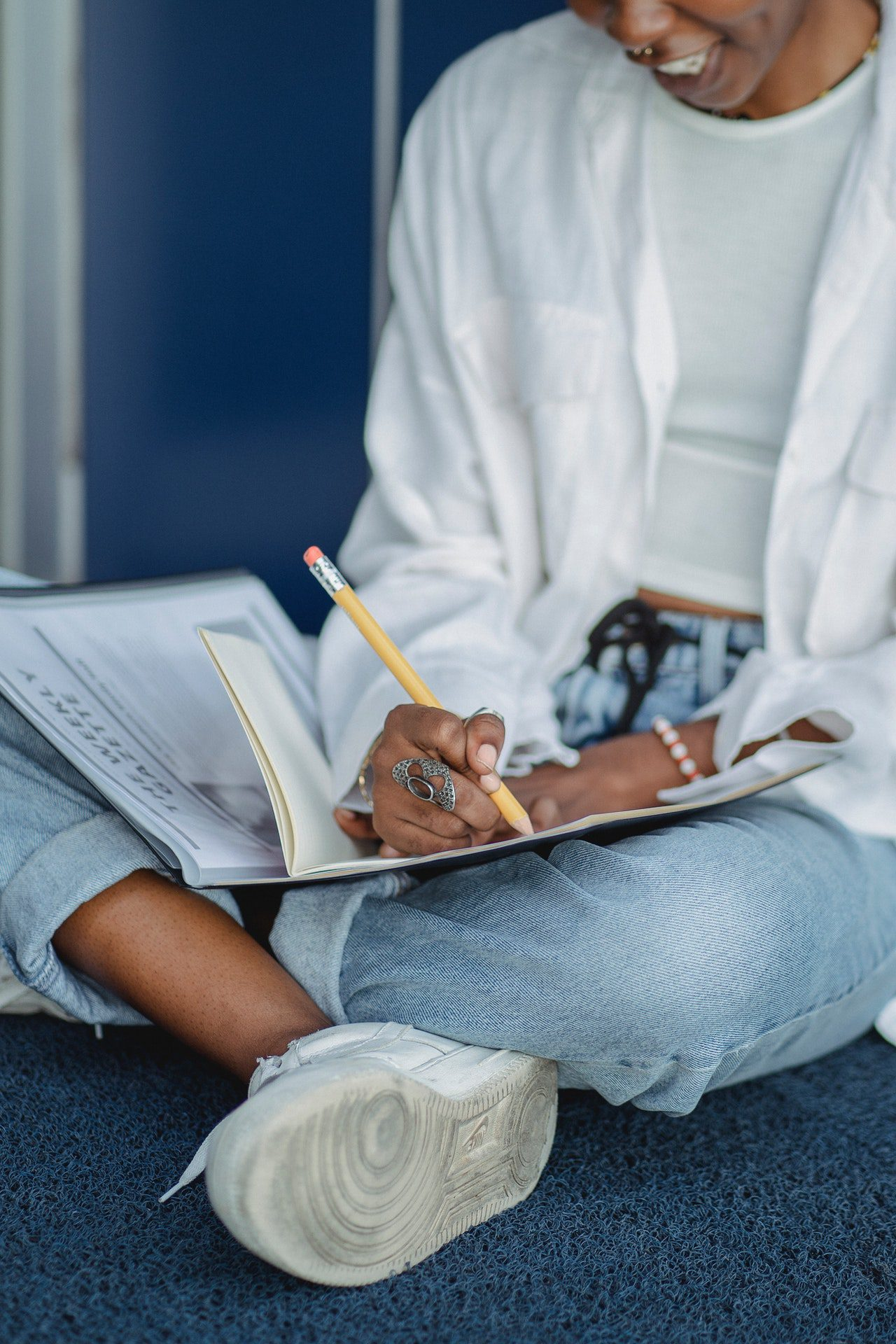 You are currently viewing Step by Step Guide on How to Write A Critical Thinking Essay