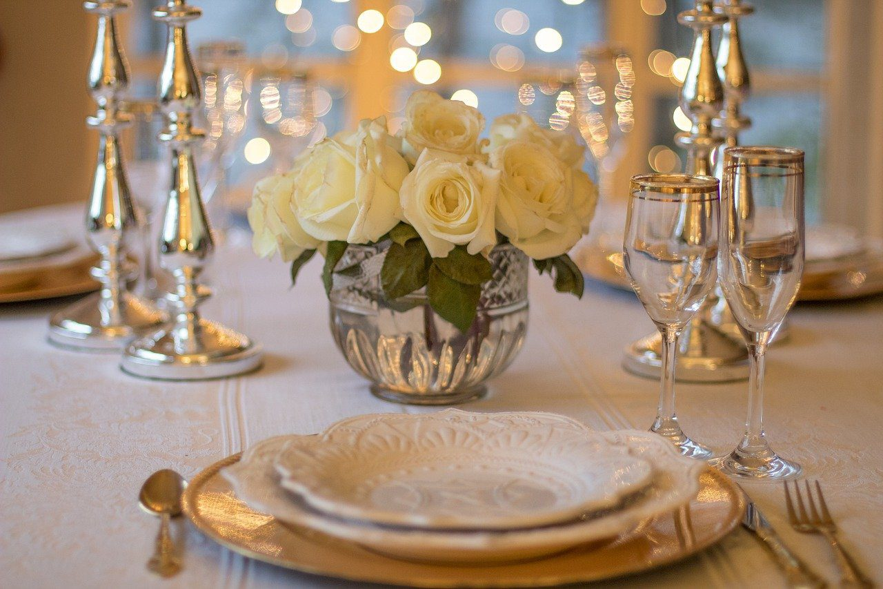 5 Great Ways to Elevate Your Dinner Party