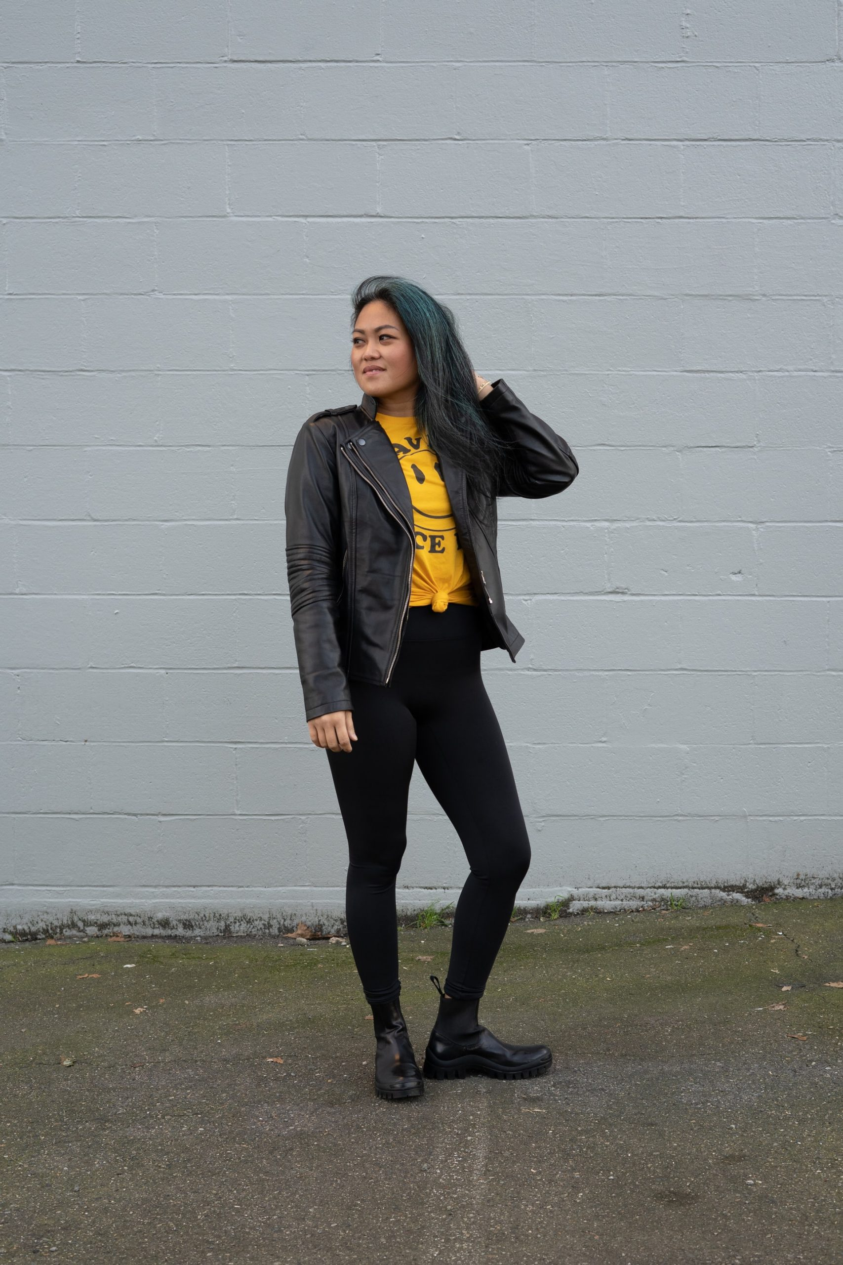 You are currently viewing 4 Common Issues with Leggings and How to Solve Them