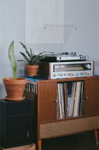 Read more about the article Things to Consider When Buying a Record Player