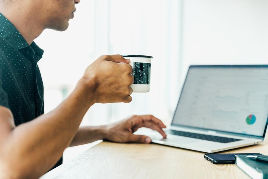You are currently viewing 6 Branded Desk Items Each of Your Employees Should Have