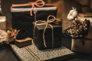 Read more about the article 31st Year Anniversary Gift Ideas for Your Husband