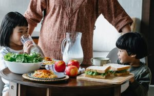 Read more about the article Healthy Ways of Making Your Child Gain Weight