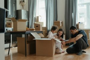 Read more about the article Boxed In? Here Are 7 Tips for a Mishap-Free Move
