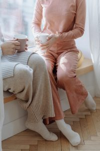 Read more about the article The Latest Loungewear Trends in 2021