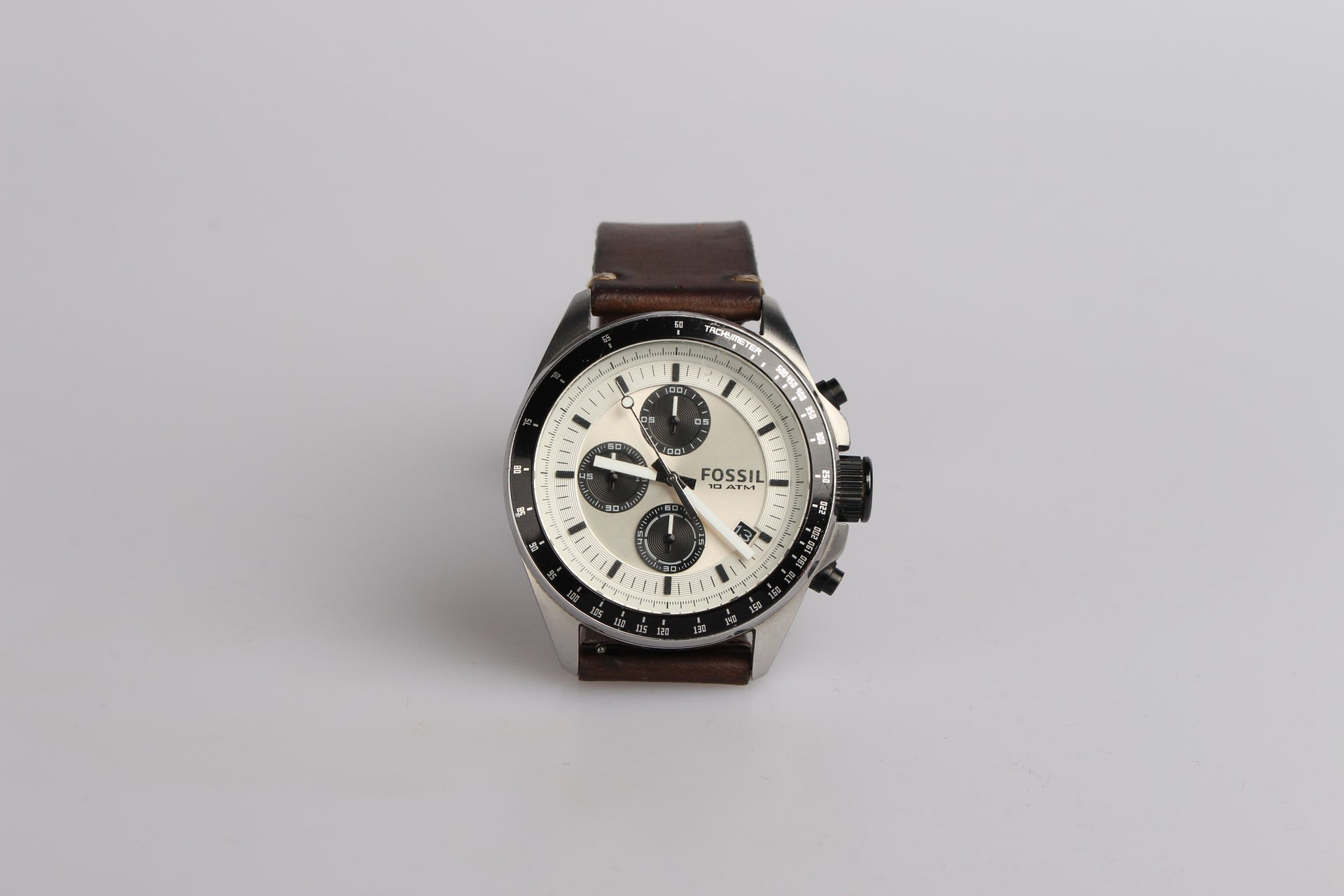 You are currently viewing Looking for a New Watch? Here are Some Buying Tips
