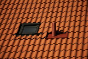 Read more about the article Should You Repair or Replace a Leaking Roof?