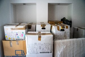 Read more about the article How To Properly Discard Your Waste And Unwanted Items During Your House Move