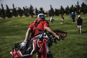 Read more about the article A List of Things Every Good Golfer Has in Their Bag