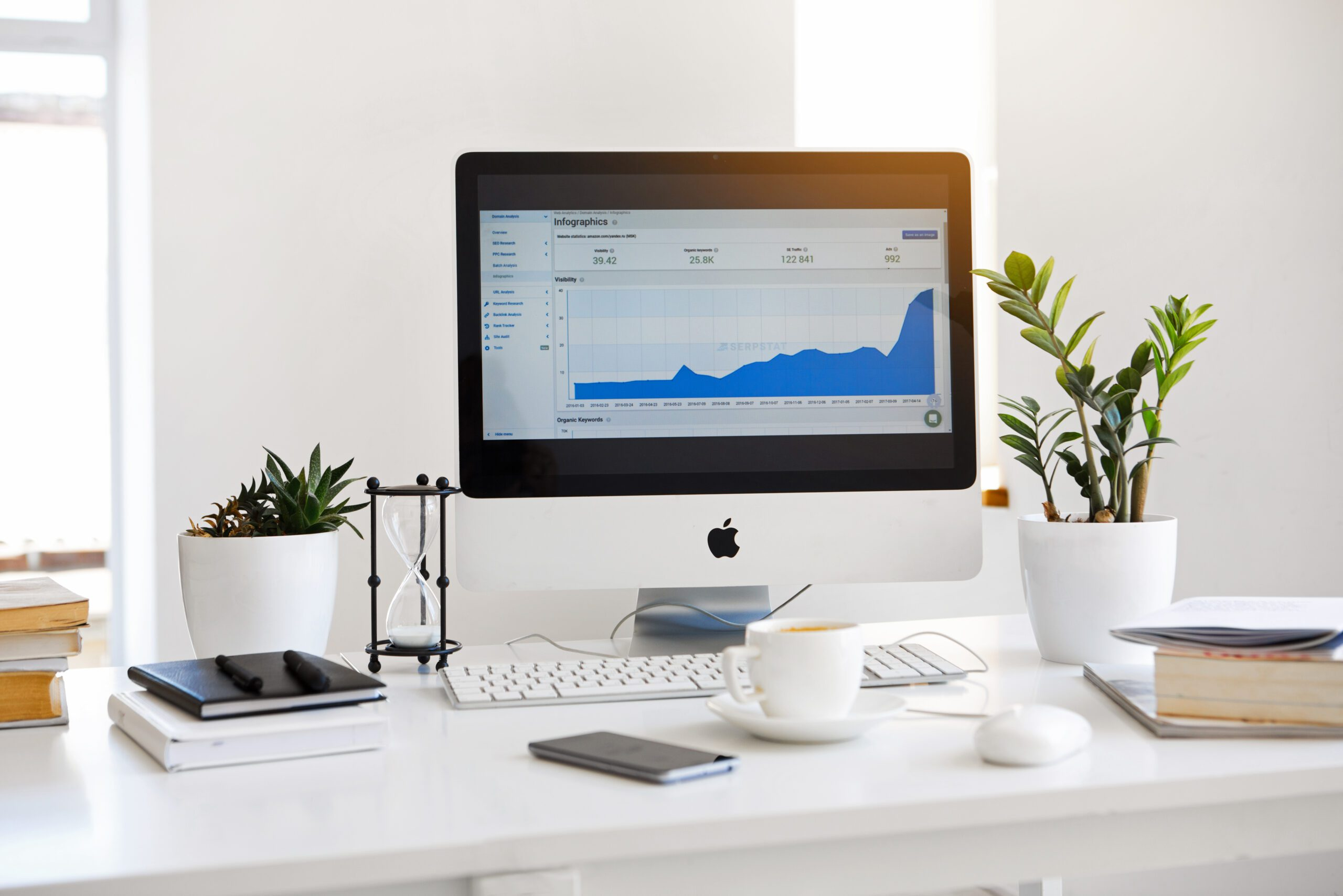 You are currently viewing Law Marketing: How to Reach More People and Get New Clients