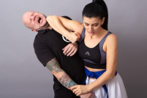 Read more about the article Self Defense Tips to Level Up Your Personal Safety