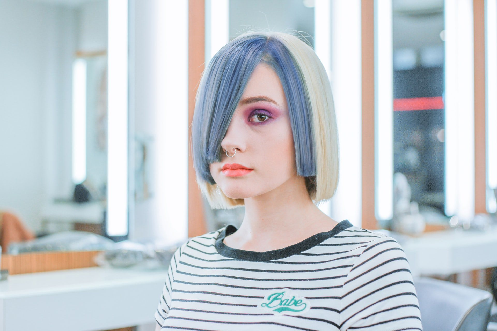 You are currently viewing 4 Common Mistakes People Make When Dying Their Hair