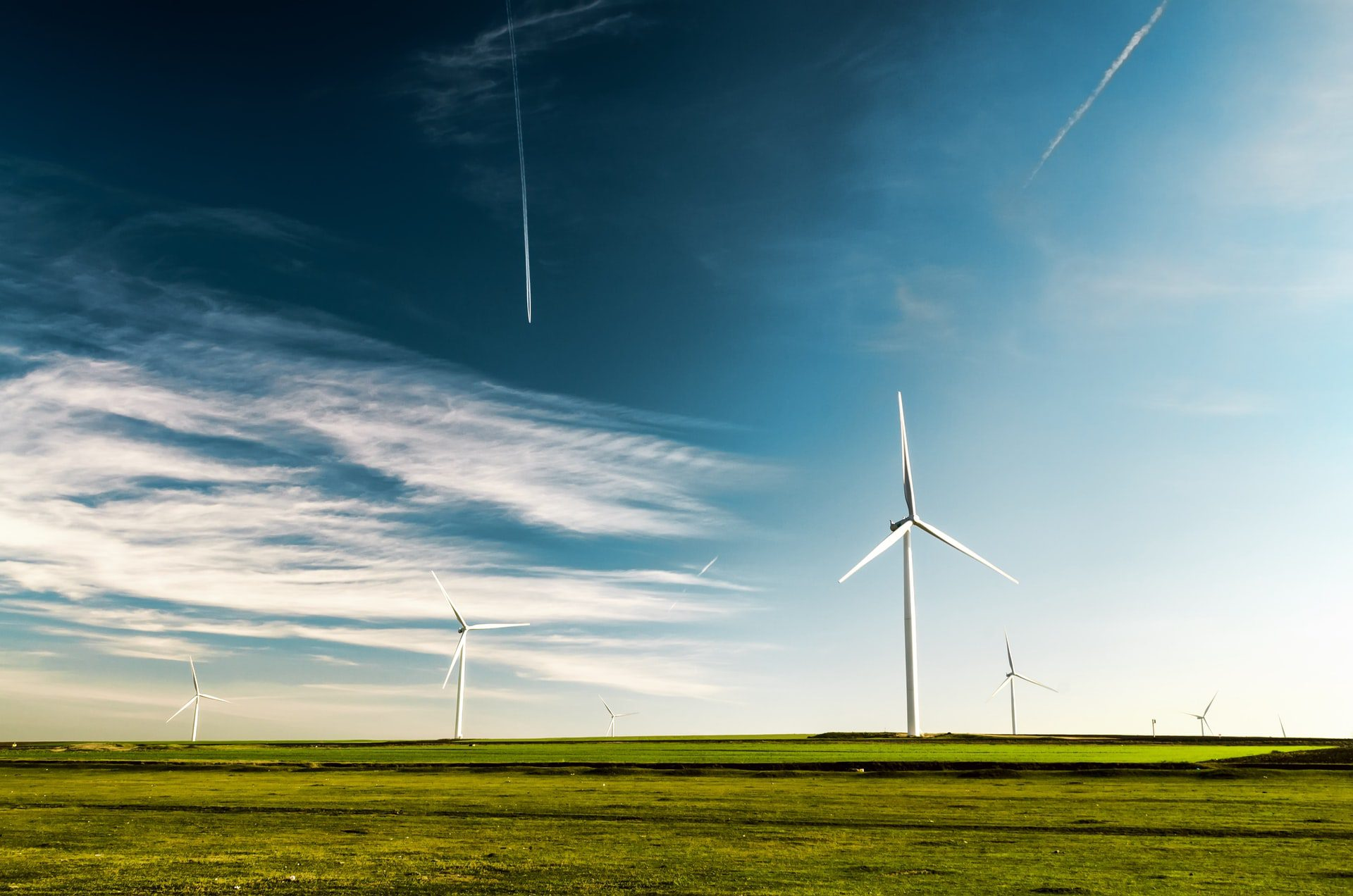 You are currently viewing The Main Reasons Why You Should Definitely Switch to Using Renewable Energy