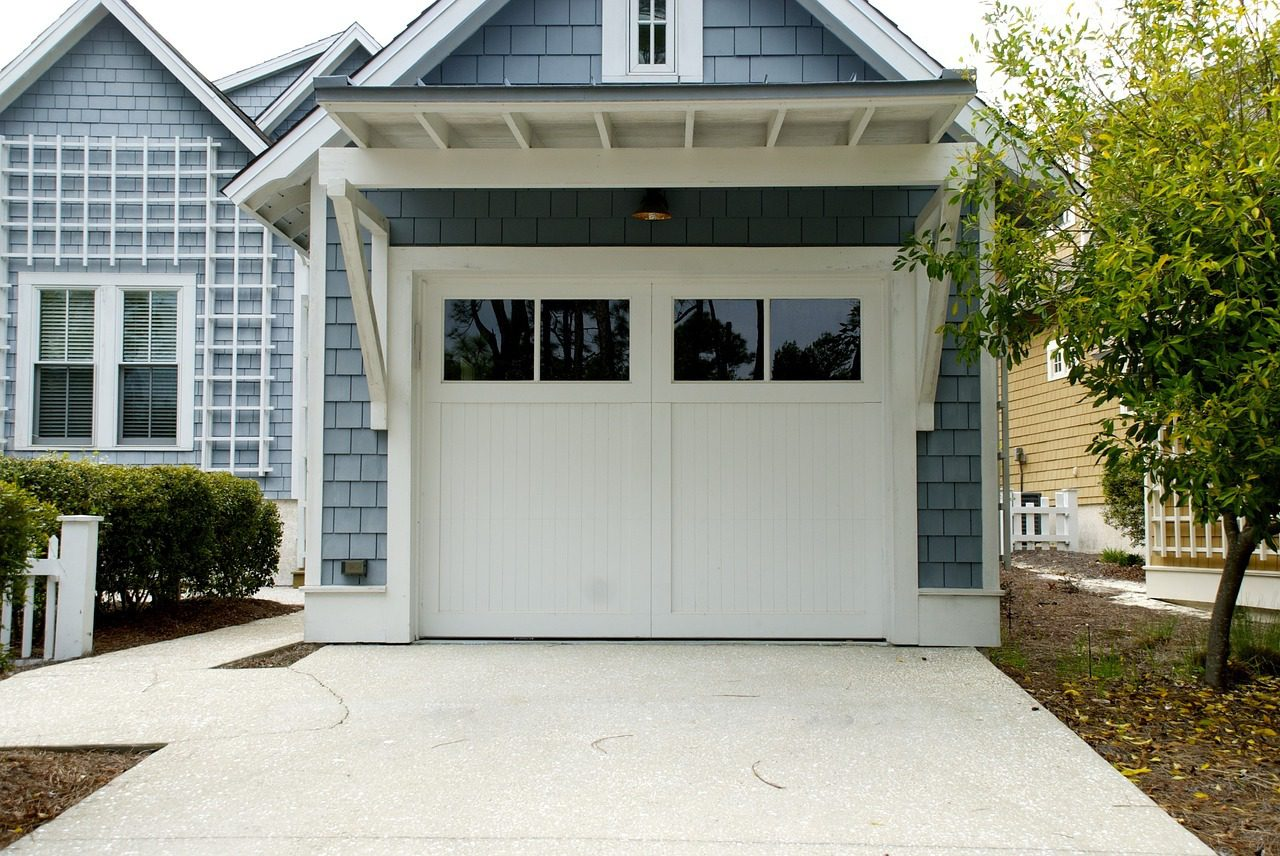 You are currently viewing What to Do with an Unused Garage: 10 Awesome Conversion Ideas