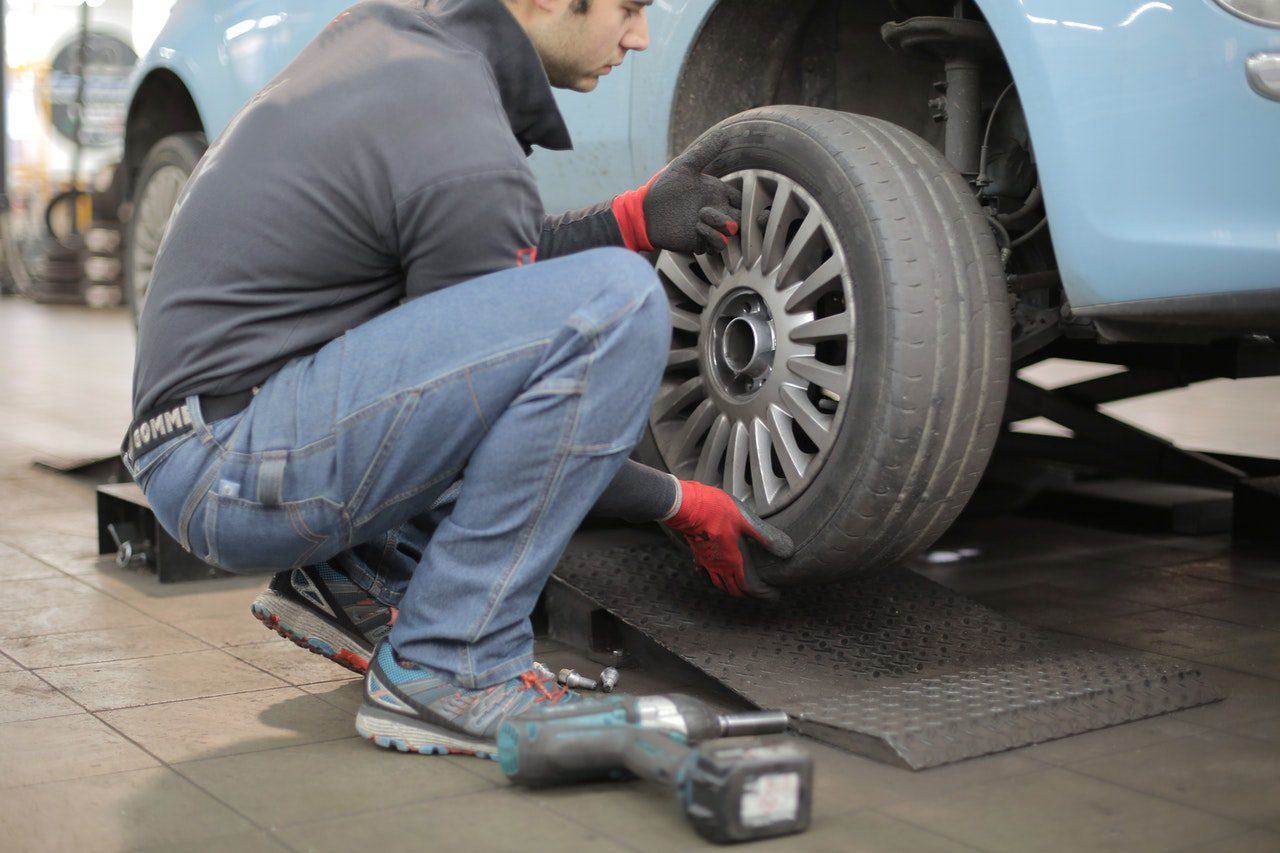 You are currently viewing How to Check and Make Sure That Your Car is Working Properly