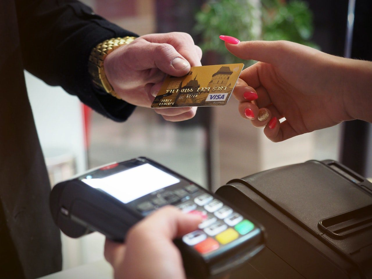 You are currently viewing Why Every Small Business Should Have a Reliable Credit Card Processor