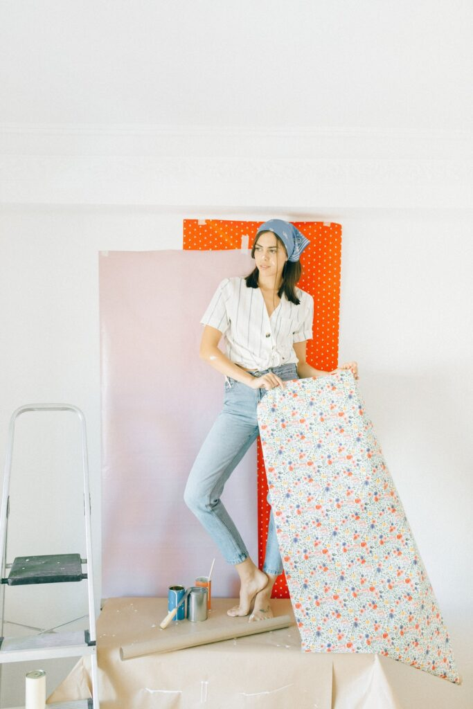 Polka dots wallpaper