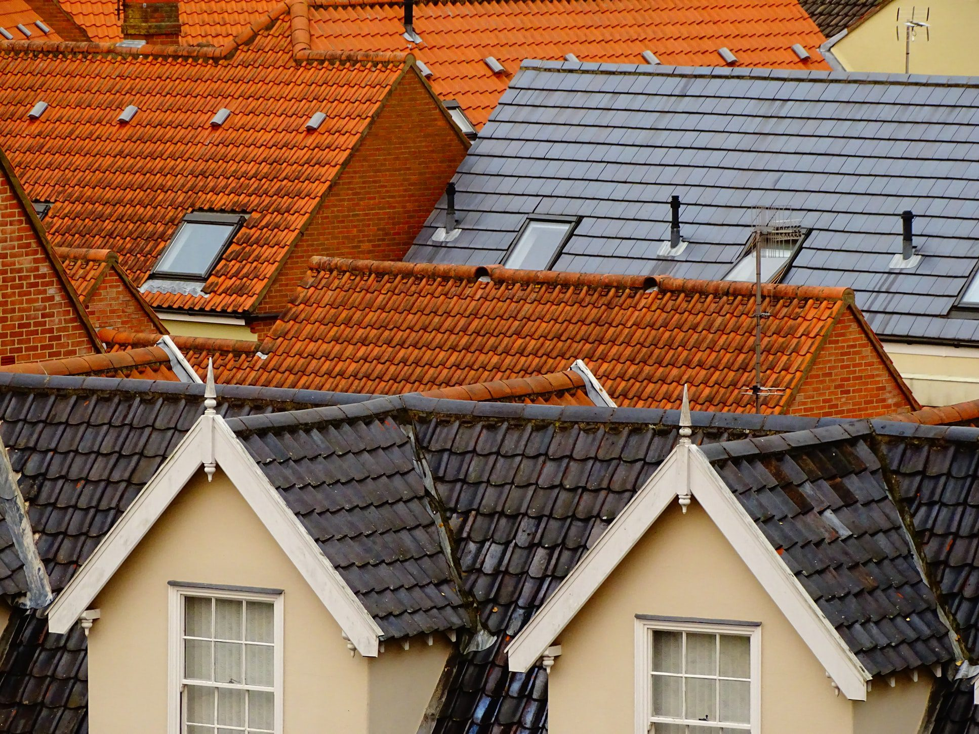 You are currently viewing Roof Maintenance: 6 Clear Signs Your Roof Could Use a Repair