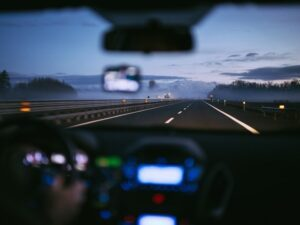 Read more about the article How To Avoid The Dangers Of The Road And How To Deal With Them